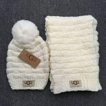 DCCKB62 Gucci' Fashion Casual Trending Women Winter Knit Warmer Hat Cap Scarf Set White G