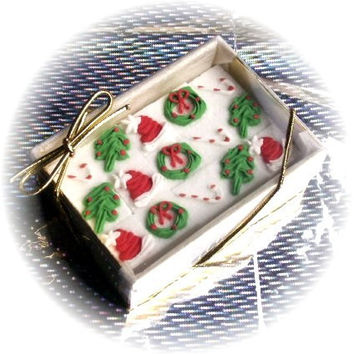 15 Decorated Sugar Cubes - Christmas