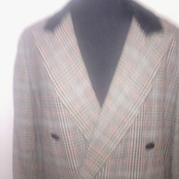 Vintage 1970's Women's size 8  Double-Breasted Wool Tweed Hunting Jacket/ Blazer. Checked. Suede collar. Fully lined.