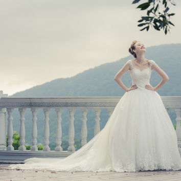 Sample Sale-Princess - Ball gown retro royal : SayIDo Couture Wedding Dress