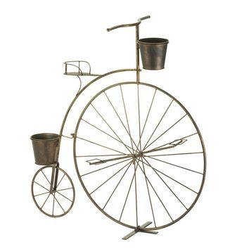 Adorable Old Fashioned Bicycle Planter