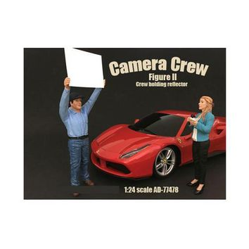 """Camera Crew Figure II """"Crew Holding Reflector"""" For 1:24 Scale Models by American Diorama"""