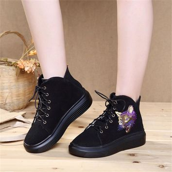 2017 New Arrivel Autumn Women Shoes Embroidered Cat Casual Canvas Comfortable Martin Flat Chinese Students Shoes