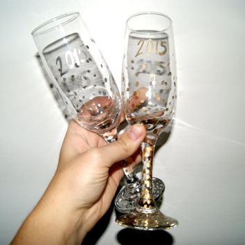 Gold or Silver Confetti Champagne Glasses 2015/ New Years Eve/Celebrate/Customize/HandPainted