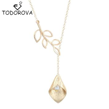 Todorova Elegant Leaves Simulated Pearl Droplet Calla Lily Necklace Minimalist Jewelry Gifts for Women Best Friend Forever Love
