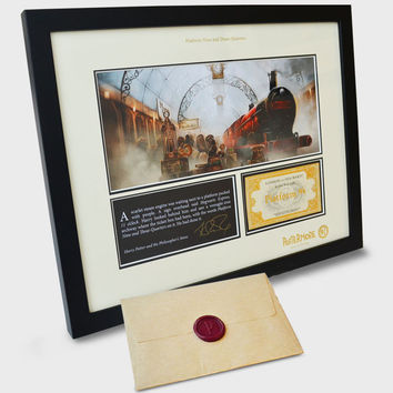 Exclusive Pottermore Framed Print   38.7cm x 31cm