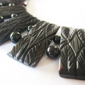 Chunky Collar Necklace Carved Horn Black Burgundy Hues 1970's Glass Beads