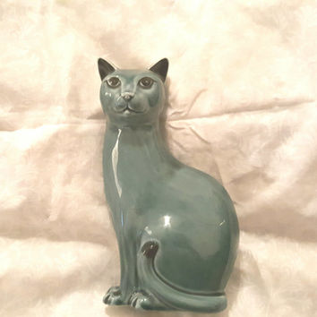 Highly Collectible English Poole Pottery Cat Figurine in a Blue Green Glaze