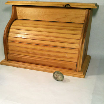 Wooden Bread Box Farmhouse Chic Country Rustic Vintage Roll Top Wood Bread Box with Top Storage Handmade Breadbox