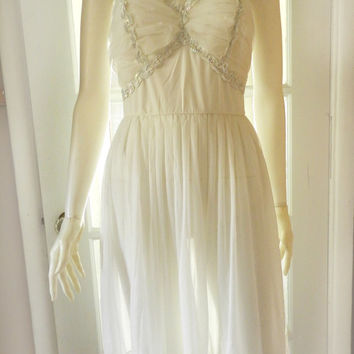 Vintage 60s Ivory White Slip/Gown Nylon/Chiffon Sequin Nightgown Dress Size Small