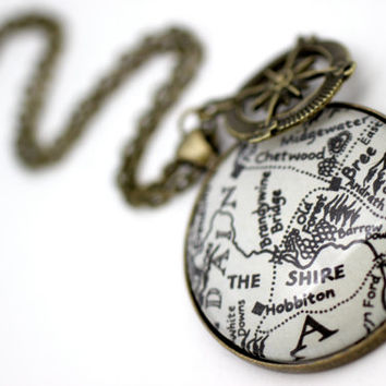 Lord of the Rings Map Necklace 'The Shire, Hobbiton and Bree' Antique Bronze