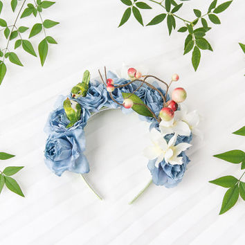 statement bird and flower crown headband  // wedding bridal headpiece, quirky, lana del rey, nature, garden party, summer, spring