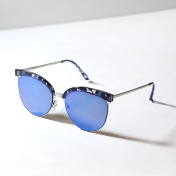 Kenzie Blue-Mirrored Sunglasses