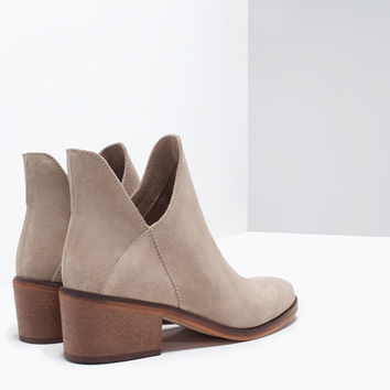 Hide flat ankle boot