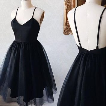 Black Spaghetti Straps Homecoming Dresses,V-neck Backless Tulle Short Homecoming Dresses