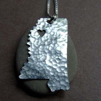 Mississippi State Necklace