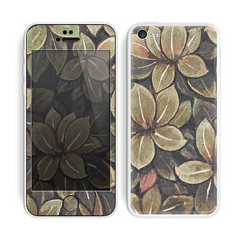 The Vintage Green Pastel Flower pattern Skin for the Apple iPhone 5c