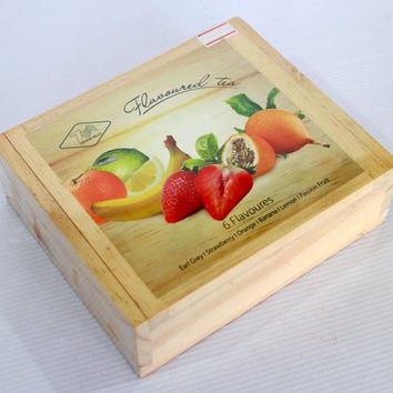 Organic premium Ceylon black tea 200 gr. сompiled by hand in nice wooden box.