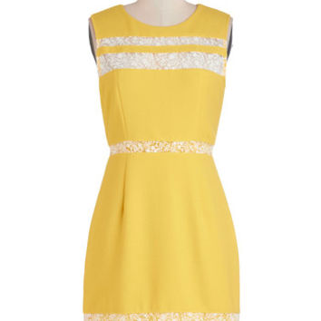 Blogging on Sunshine Dress
