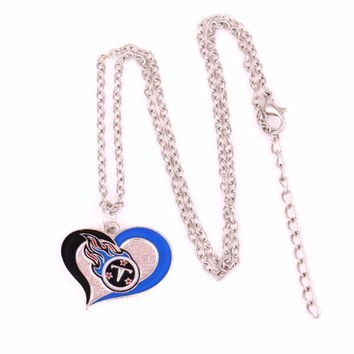 Drop shipping 1pcs Enamel single-sided Tennessee Titans Swirl Heart Football team logo charm with link chain sports Necklace