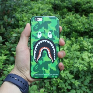Green Shark AAPE Iphone 7 7plus & 6 6s Plus Cover Case