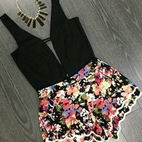 Black Blue Pink Green White Floral Sleeveless Plunge V Neck Cut Out Scallop Short Romper