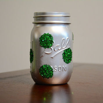 Christmas Decor, Holiday Decor, Winter Decor, Christmas Mason Jar, Winter Mason Jar, Holiday Mason Jar, Pint Sized Mason Jar Decor