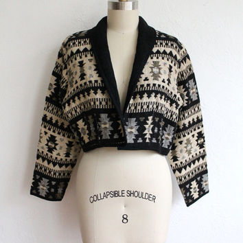 Vintage 80s Black & Tan Tribal Print Woven Jacket // Navajo Cropped Coat