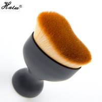 Professional makeup brushes - Wavy contour foundation brush