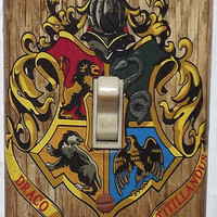 Harry Potter Light Switch Cover Plate - Hogwarts Crest 2