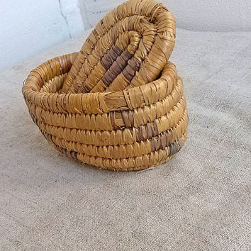 Vintage oval box Old basket wicker of reeds Jewelry organizer Letters storage container Treasures boxes Folk ornament pattern Shabby chic