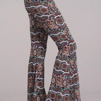 Fabulous Print Chatoyant Skinny Bell Bottom Pants - Multi Black