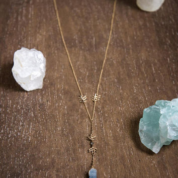 RAW KYANITE LARIAT - Blue Kyanite Point Necklace, Raw Kyanite Stone Pendant, Modern Bohemian Necklace, Mother's Day Gift, Gifts for Mom,Boho