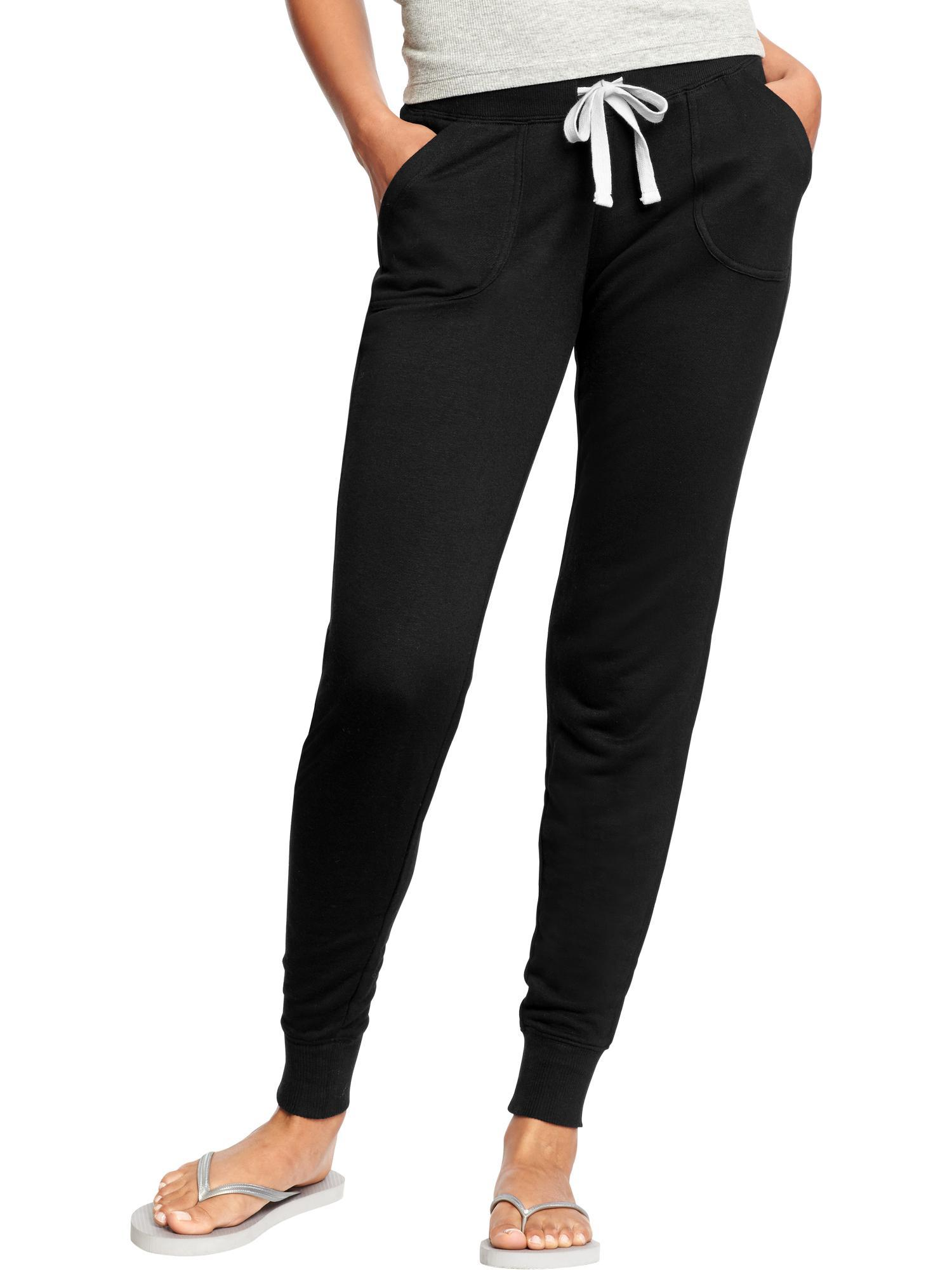 Women's Cigarette & Skinny Trousers The slim pant is an essential silhouette for the modern wardrobe. Flattering and stylish, it's endlessly versatile: Whether you opt for a pair of cigarette trousers or skinny pants, you're guaranteed a sleek look that takes you from desk to dinner.