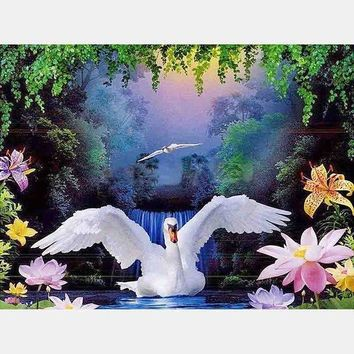 5D Diamond Painting White Swan Flower Pond Kit