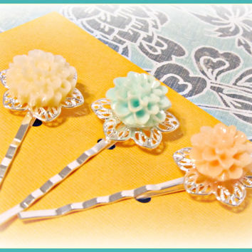 Pastel Filigree Flower Hair Pins  - Ivory, Aqua and Peach - Set of 3 - Hair Bobby Pins - Wedding, Summer Trends