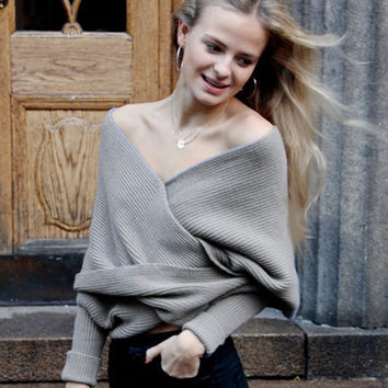 Ribbed Knit Strapless V-neck Off Shoulder Sweater
