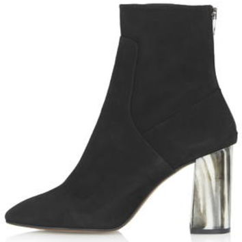 MUSE Bone Heel Boots - Black