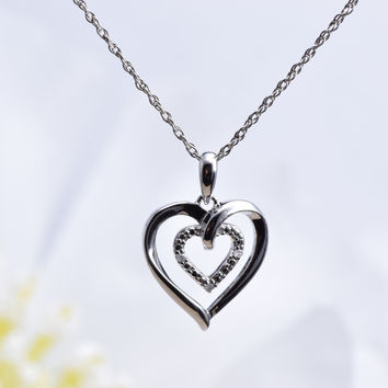 Sterling Silver Diamond-Accented Heart Pendant Necklace (0.02 cttw)