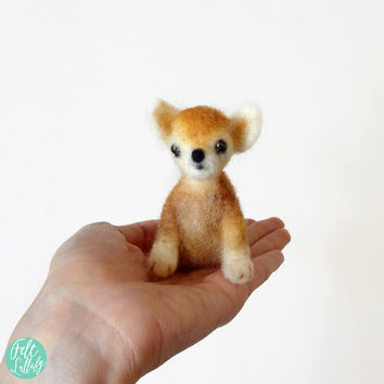MADE TO ORDER - Needle Felted Sculptures - Lovely Dog - Miniature Wool Felt Chihuahua Dog