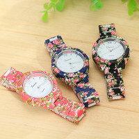 Women's Vintage Floral Wrist Watch