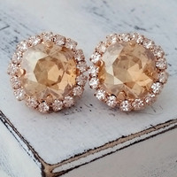 Champagne earrings,Rose gold champagne stud earrings,Champagne bridal earring,champagne bridesmaid earring,Swarovski studs,Rose gold earring