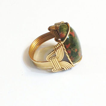 Vintage Moss Agate Ring in Gold Wire Setting, Artisan, size 7