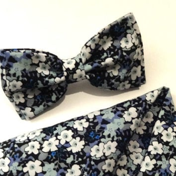 Blue Floral Bow Tie and Pocket Square Set, Wedding Bow Tie, Man Bow Tie, Mens Bow Tie, Blue Bow Tie, Blue Pocket Square