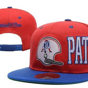DCCKBE6 New England Patriots Snapback NFL Football Hat M&N