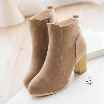 2017 New Autumn And Winter Short Cylinder Boots With High Heels Boots Shoes Martin Boots Women Ankle Boots