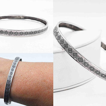 Vintage Sterling Silver Diamond Shapes Bangle Bracelet, Textured, Chased, Rolled Edge, Stackable, Stacking, A Beauty! #c117