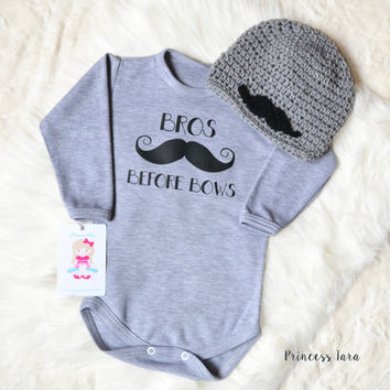 Funny baby boy clothes. Bros Before bows baby boy romper. Hipster hat and bodysuit Set.  Winter baby boy clothes. Baby shower gift.