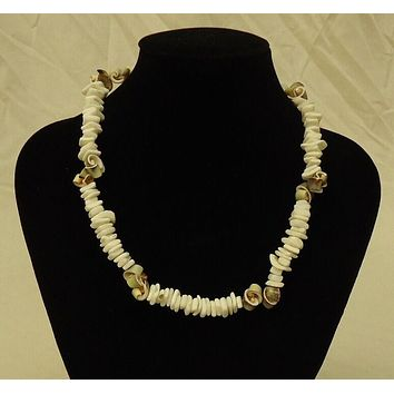 Shell Necklace Barrel Clasp 18 in Pretty