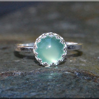 Pale Green Chalcedony Ring, Chalcedony Cocktail Ring, Crown Bezel Set Ring, Chalcedony Statement Ring, Glowing Chalcedony Engagement Ring